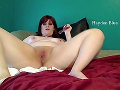 Chubby BBW fucking dildo and spunking