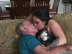 Girl hand smother horny old pauper masturbate Frannkie'_s a quick learner!