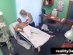 Caught On Web camera - Horny Milf Masseuse Fucking - Kathy Anderson