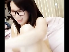 Chinese girl show cam very beautiful !