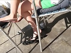 Cams4free.net - Candid Teen Feet at Starbucks